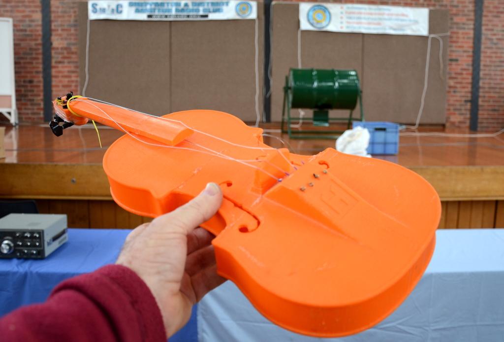 5508_3d violin