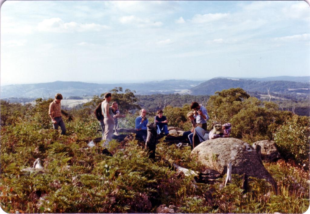 1982-04-03 RGV Construction Smoko